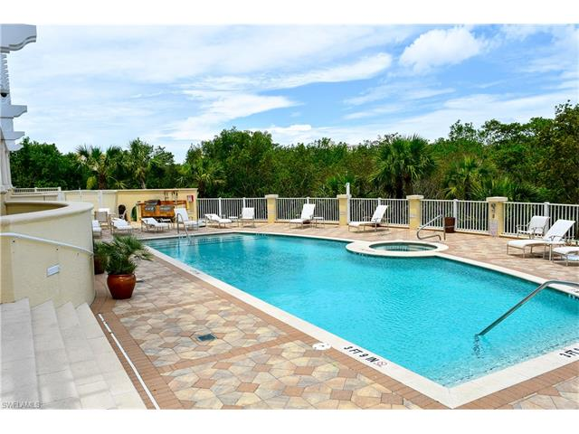 285 Grande Way 1403, Naples, FL 34110