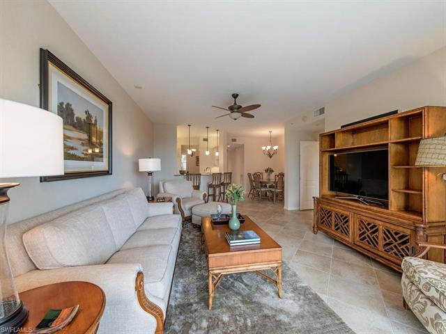 7671 Pebble Creek Cir 304, Naples, FL 34108