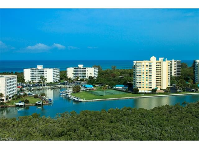 300 Dunes Blvd Ph-5, Naples, FL 34110