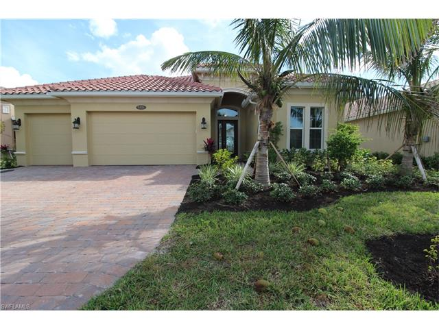 9426 Lagomar Ct, Naples, FL 34114