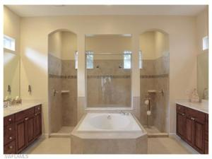 11894 Heather Woods Ct, Naples, FL 34120
