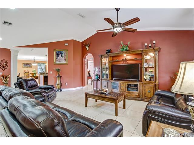770 16th St Se, Naples, FL 34117