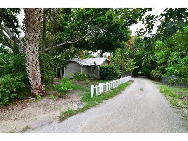 27131/135 S Riverside Dr, Bonita Springs, FL 34135