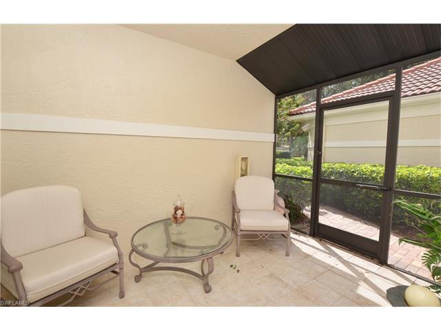 167 Amblewood Ln 4-402, Naples, FL 34105