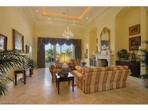 321 Chancery Cir, Naples, FL 34110