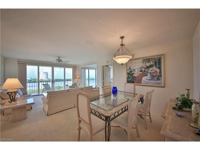 5501 Heron Point Dr 804, Naples, FL 34108