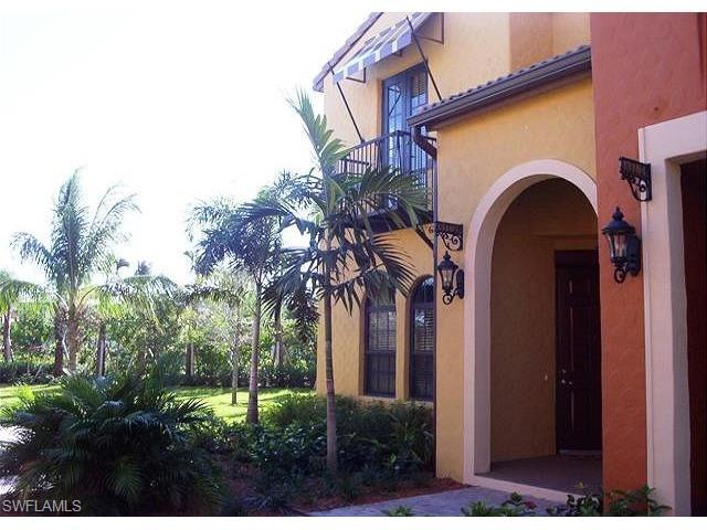 9150 Chula Vista St 131-5, Naples, FL 34113