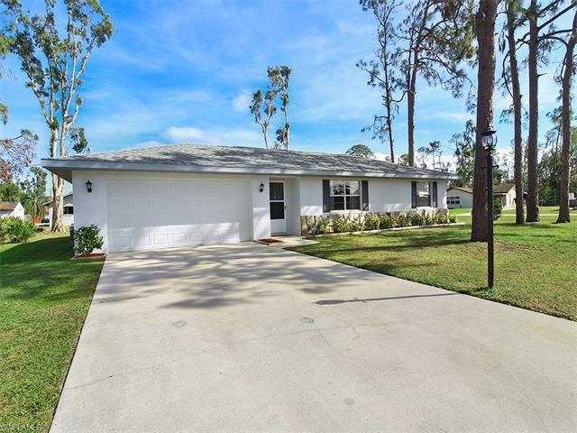18685 Sarasota Rd, Fort Myers, FL 33967