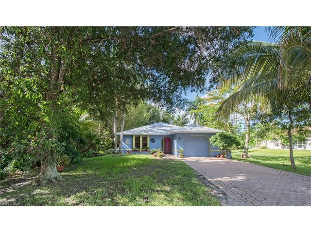 1022 Sperling Ave, Naples, FL 34103