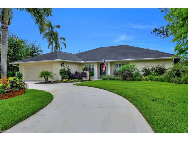 438 Cypress Way E, Naples, FL 34110