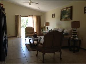 5227 Myrtle Ln, Naples, FL 34113