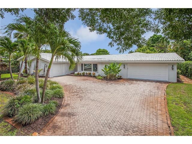 1650 Crayton Rd, Naples, FL 34102