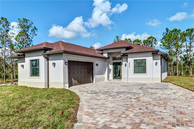4885 16th St Ne, Naples, FL 34120