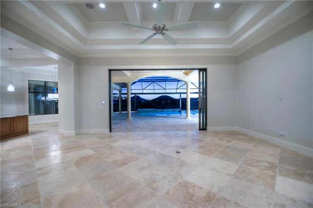 6041 Sunnyslope Dr, Naples, FL 34119