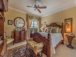 315 Dunes Blvd 1107, Naples, FL 34110