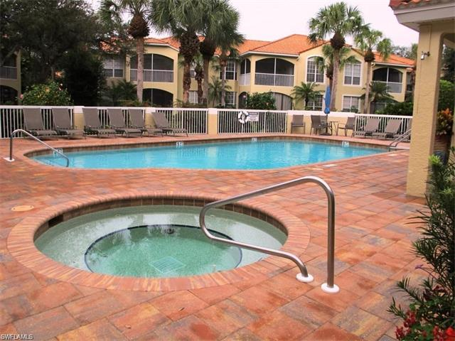 74 Silver Oaks Cir 9101, Naples, FL 34119