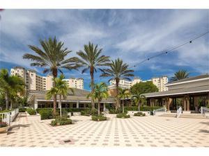 285 Grande Way 306, Naples, FL 34110