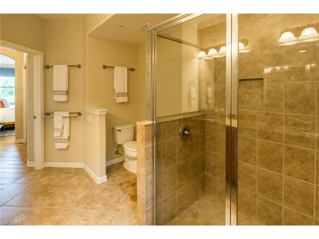 6630 Alden Woods Cir 102, Naples, FL 34113