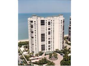 8473 Bay Colony Dr 303, Naples, FL 34108