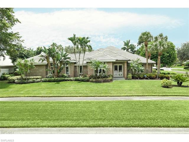 7018 Greentree Dr, Naples, FL 34108