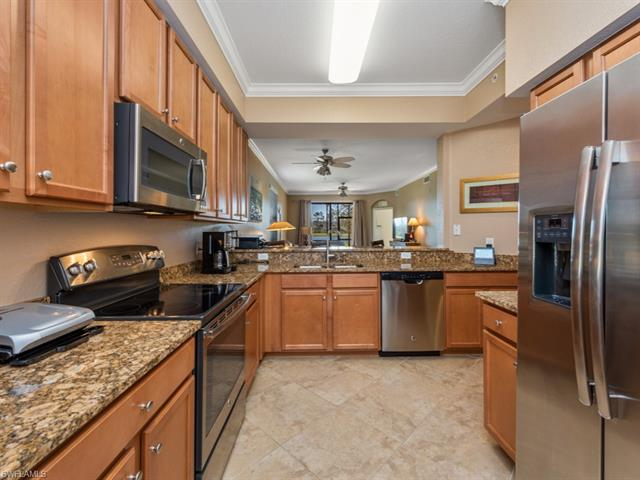 9731 Acqua Ct 511, Naples, FL 34113