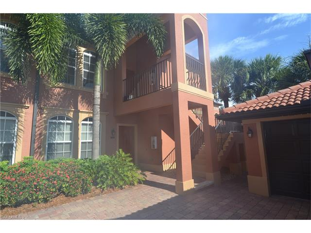 10045 Heather Ln 202, Naples, FL 34119