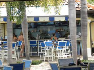 995 Sandpiper St B-203, Naples, FL 34102