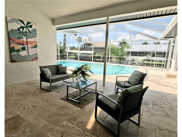 257 Bayview Ave, Naples, FL 34108