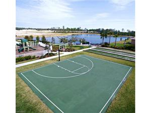 3208 Royal Gardens Ave, Fort Myers, FL 33916