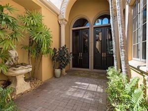 15639 Villoresi Way, Naples, FL 34110