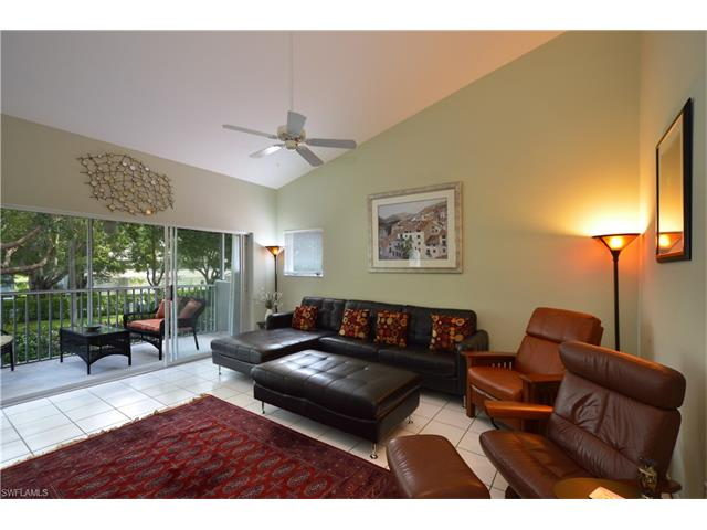 661 Windsor Sq 202, Naples, FL 34104