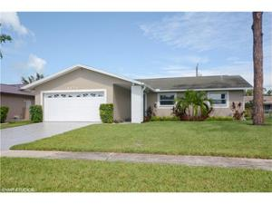 1271 Woodridge Ave, Naples, FL 34103