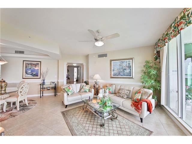 325 Dunes Blvd 503, Naples, FL 34110