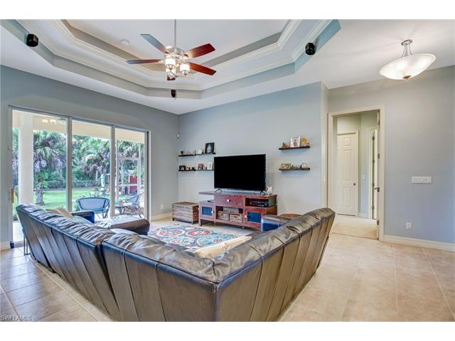 2110 16th Ave Ne, Naples, FL 34120
