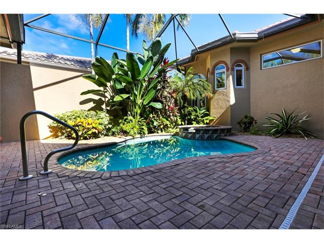 15246 Burnaby Dr, Naples, FL 34110