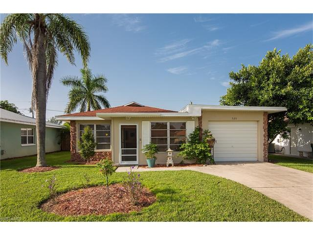 520 99th Ave N, Naples, FL 34108