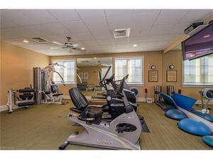 1400 Gulf Shore Blvd N 203, Naples, FL 34102