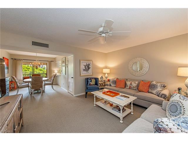 788 Park Shore Dr B-35, Naples, FL 34103