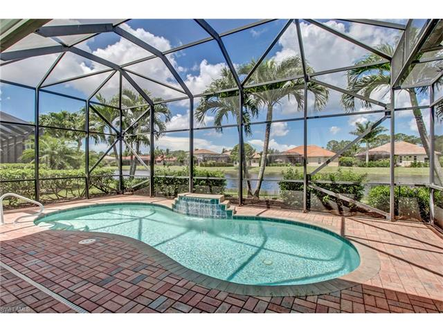 292 Saddlebrook Ln, Naples, FL 34110