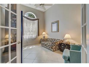 292 Saddlebrook Ln, Naples, FL 34110