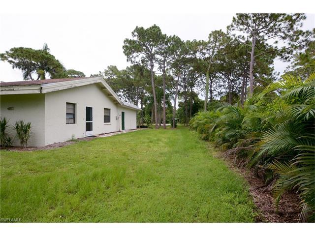 38 Myrtle Rd, Naples, FL 34108