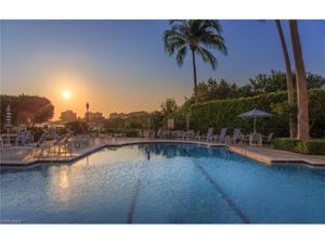 425 Cove Towers Dr N 1603, Naples, FL 34110
