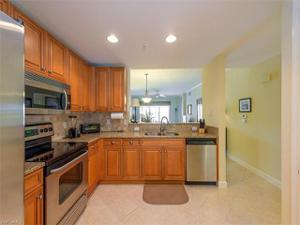 3025 Driftwood Way 3207, Naples, FL 34109