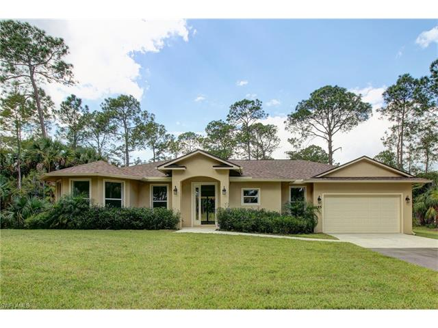 195 15th St Nw, Naples, FL 34120