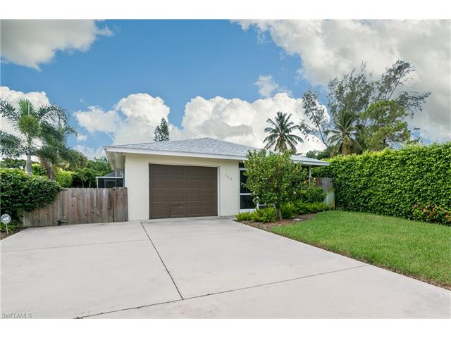 798 98th Ave N, Naples, FL 34108