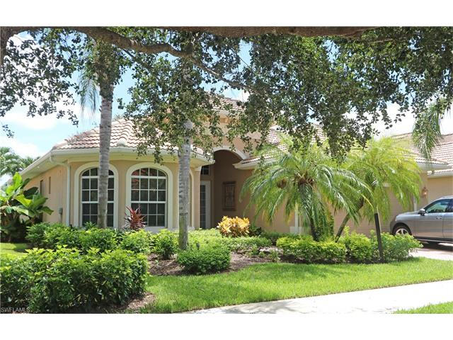 6860 Bent Grass Dr, Naples, FL 34113