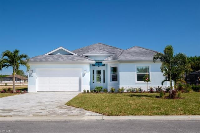 19 Willoughby Dr, Naples, FL 34110