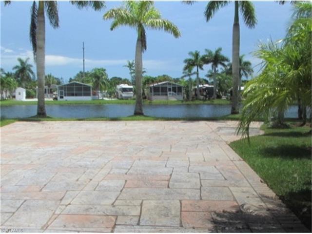 1524 Ruby Lake Pt, Naples, FL 34114