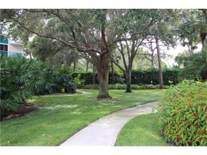 70 Emerald Woods Dr K8, Naples, FL 34108