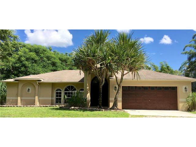 311 12th Ave Nw, Naples, FL 34120